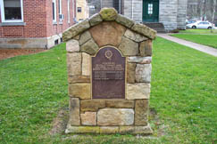 The Elk River Chapter of the Daughters of the American Revolution placed this monument on the courthouse lawn in 1980 to honor five Revolutionary War soldiers and patriots who are buried in Braxton County.